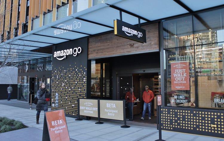Amazon_Go_in_Seattle,_December_2016.jpg